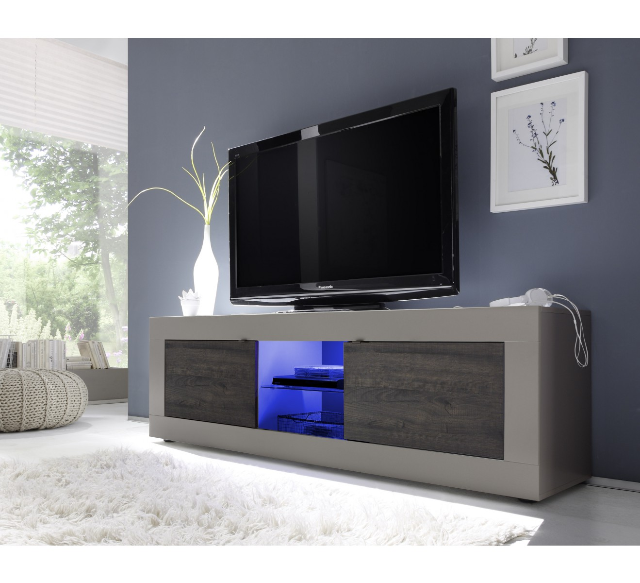 Grand meuble tv moderne laque avec leds 6753 for Meuble tv grand