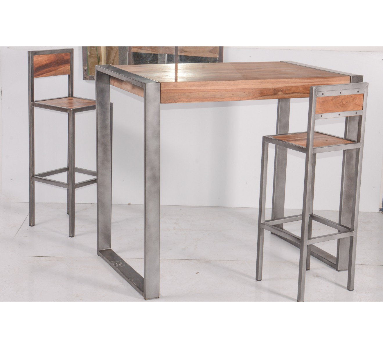 Tabouret de bar industriel en m tal et bois 39 industry 6748 for Table haute bois
