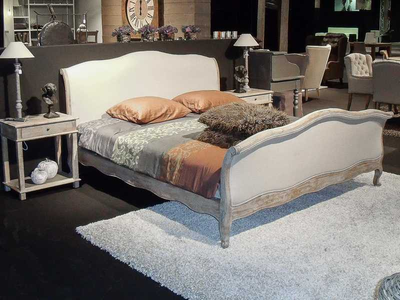 lit en ch ne gris 180x200 cm persienne. Black Bedroom Furniture Sets. Home Design Ideas