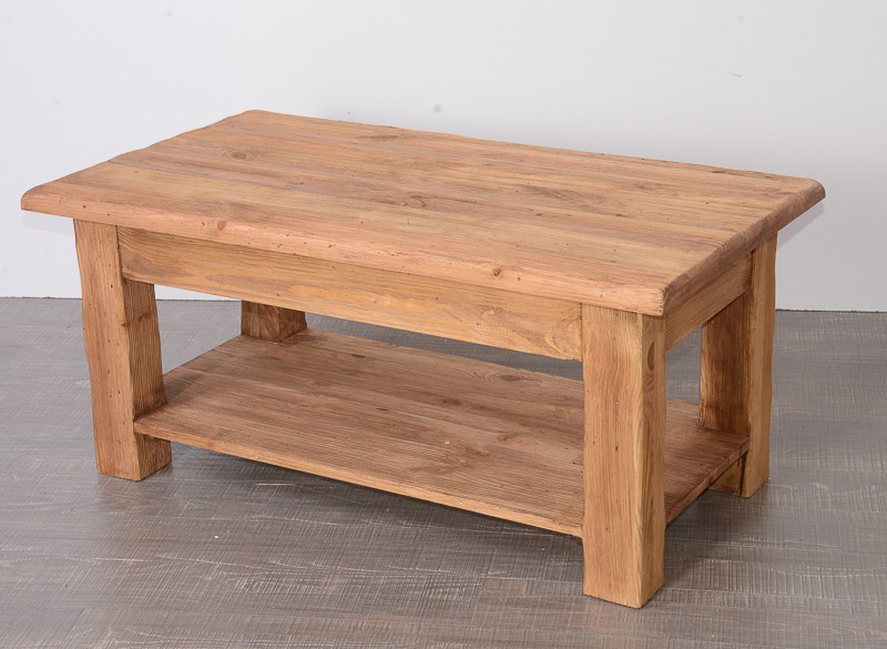 Table basse en pin massif savoyard for M meuble house