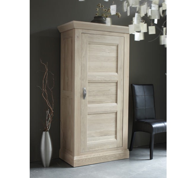 bonneti re ch ne massif stockholm blanchi 3420. Black Bedroom Furniture Sets. Home Design Ideas