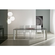 Table de repas moderne noire &quot;Kylie&quot; 160cm